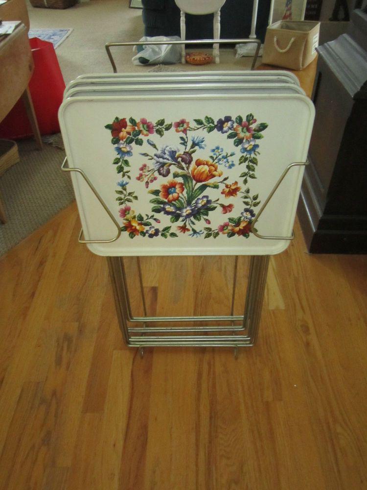Vintage Durham Serv Set Tv /Snack Tables Set Of 4 With Stand Floral