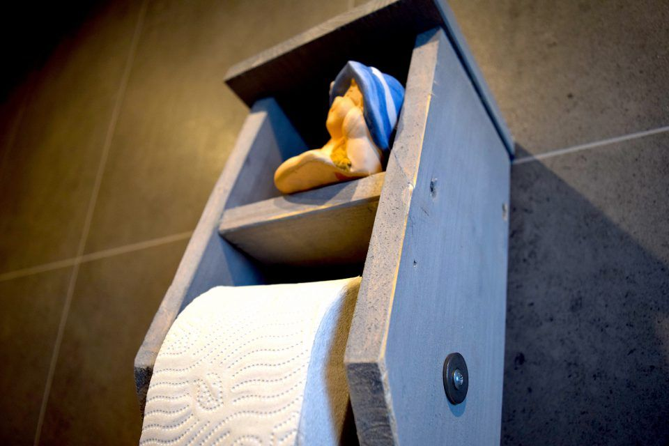 Anleitung Toilettenpapierhalter (Klorollenhalter) aus Holz selber - badezimmer selber bauen