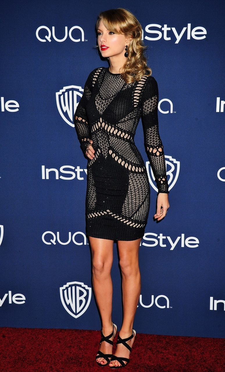 TaylorsCurlsAreBack — Taylor Swift attends the InStyle & Warner Bros ...
