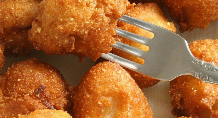 What Is an Easy Hush Puppy Recipe? in 2019 Hush puppies