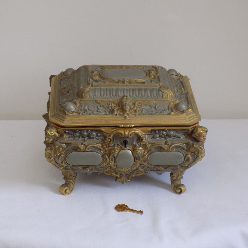 Large Antique German Erhard Sohne Gilt Jewelry Box Casket Key Art Nouveau Cherub Art Nouveau Jewelry Casket Antiques