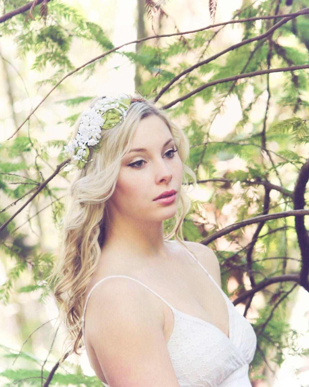 White bridal flower crown wedding hair accessories wedding flower white bridal flower crown wedding hair by serenitycrystal on etsy 4000 izmirmasajfo