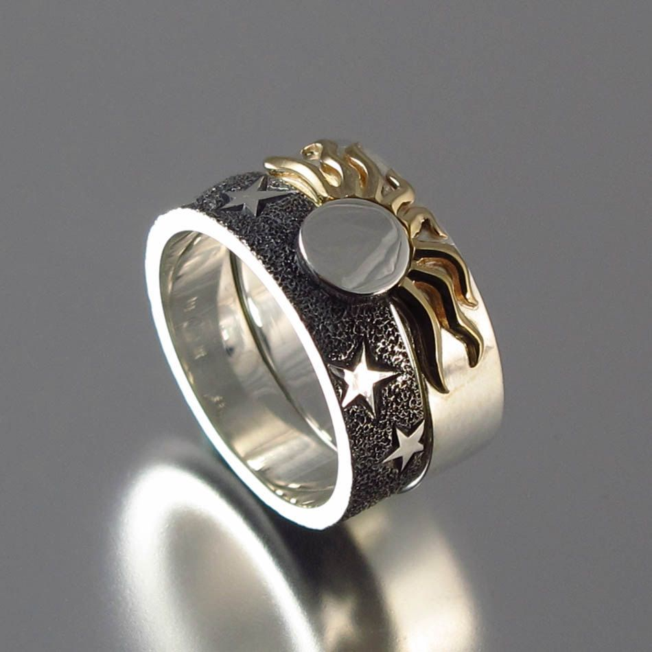 Solar Eclipse Sun And Moon Engagement Ring Wedding Band 535 00 Via Etsy