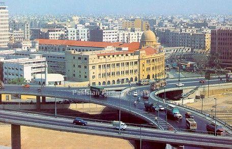 Resultado de imagem para karachi pakistan