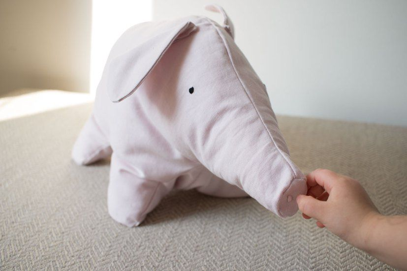 Photo of Lotta's Teddy: sewing instructions for the pig bear