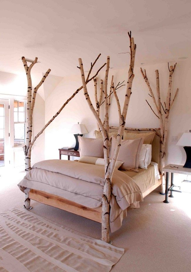 Small tree bed in neutral colors