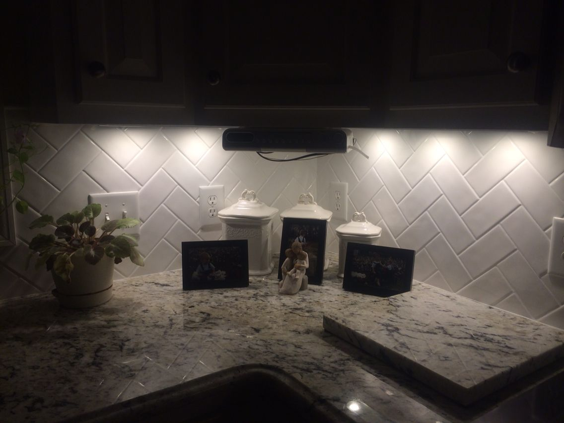 White Subway Herringbone Tile Under Counter Led Lights Delicatus White Granite Happy Gray Kitchen Backsplash Backsplash With Dark Cabinets Kitchen Redesign