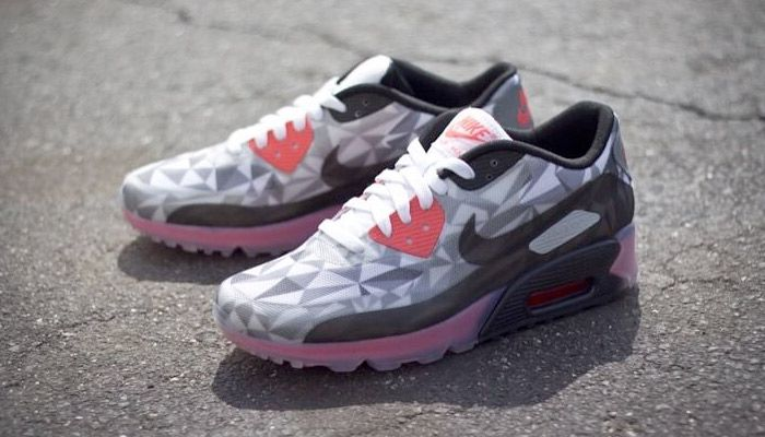 Nike Air Max 90 Ice: Black & Infrared #Airmax90 #90 #Airmax #