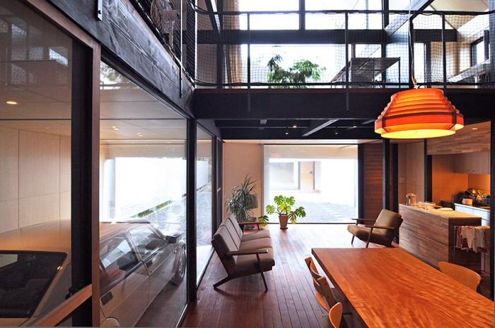 建築家自邸の3つのこだわり食と向きあい クルマと音楽を楽しむ 2020