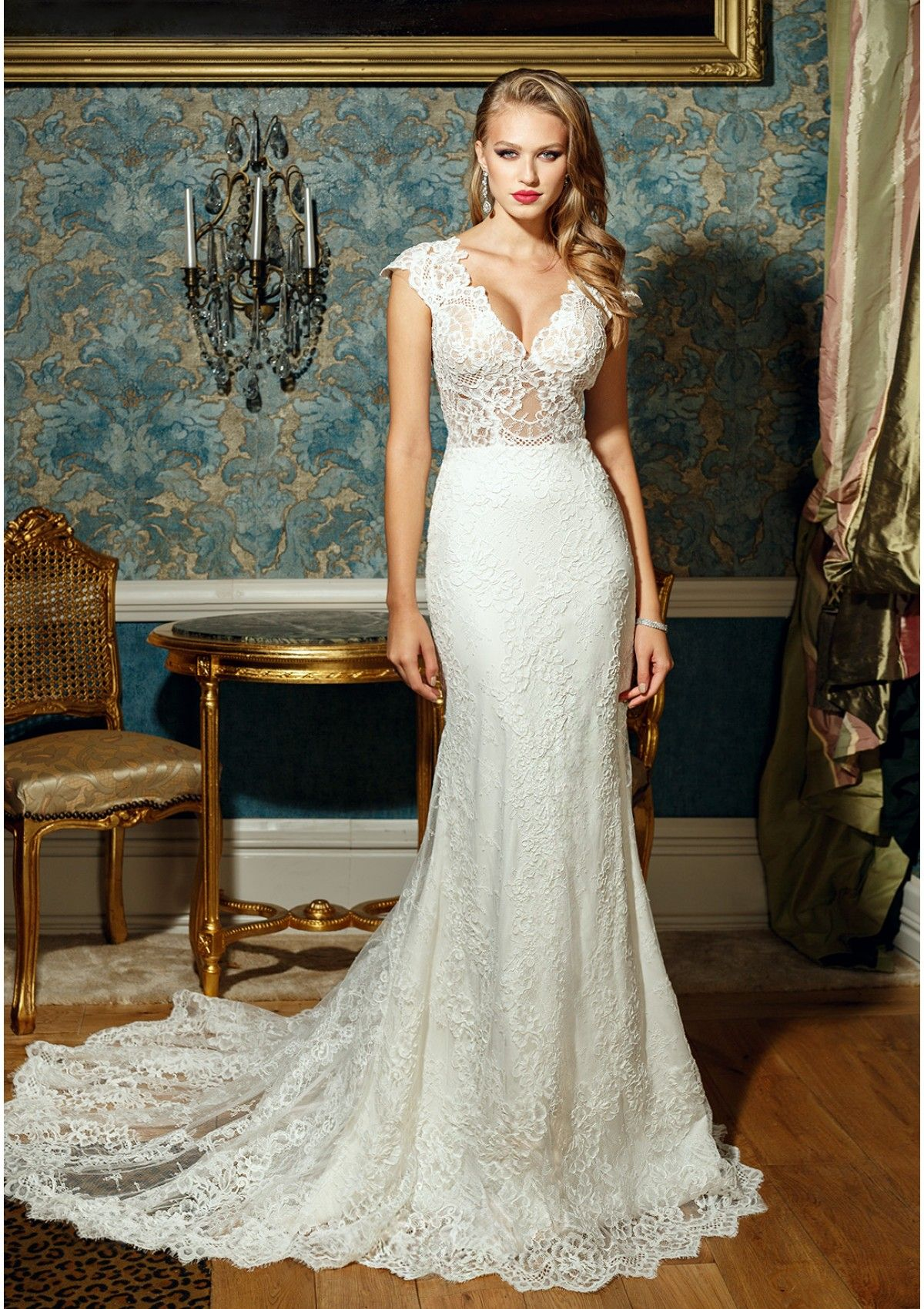 Wedding dress cups  Wedding dress Sweet November  Lace wedding dress Vneckline with
