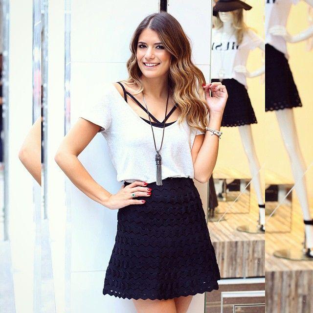 Alguma dúvida que esse foi meu look @esmeral_loja favorito de hoje? ⓐⓟⓐⓘⓧⓞⓝⓐⓓⓐ na saia de bandagem e no top de tirinhas ❤️❤️