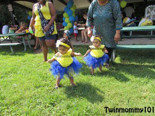 DIY Minion Dresses for my DIY Minion Party (find the Party decorations on our Pinterest Board!)