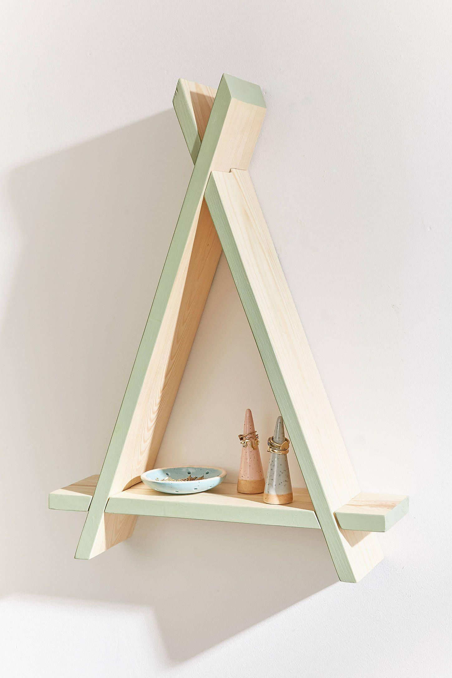 Triangle wood wall shelf