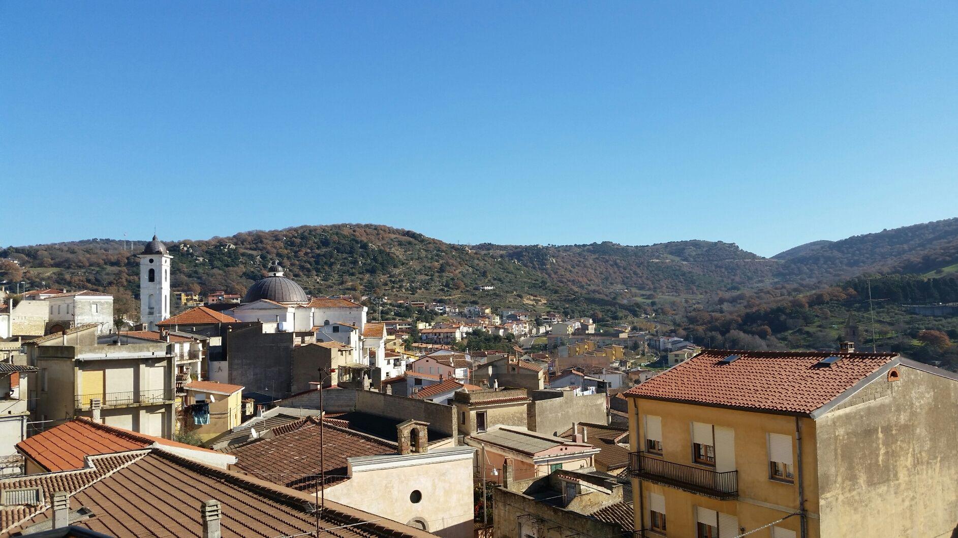 L'anticiclone subtropicale che ha dominato in lungo e in largo per tutto il mese di Dicembre non ha risparmiato il Centro Sardegna, nello specifico la zona settentrionale del massiccio del Gennargentu, conosciuta come Barbagia.
