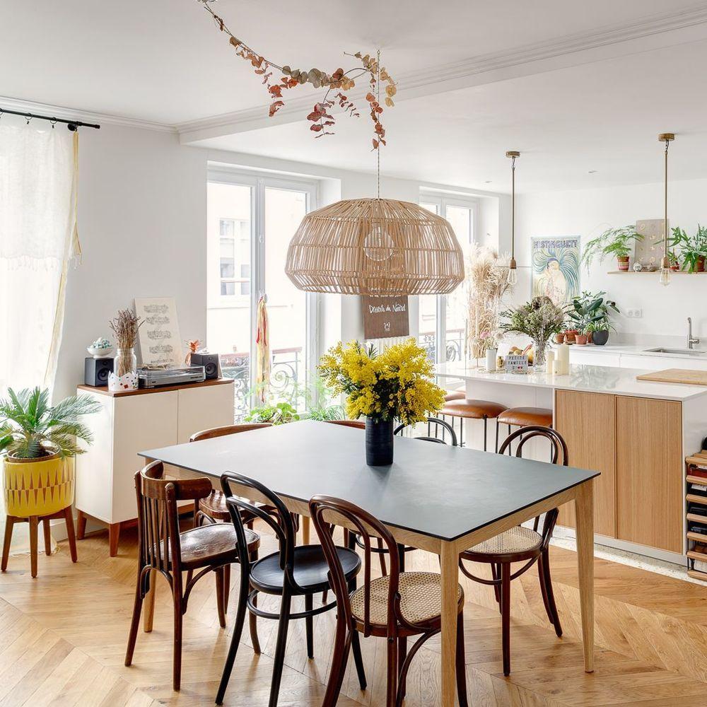 Appartement Paris 11 Un Haussmannien Fraichement Modernise En 2020 Meuble De Cuisine Ikea Appartement Paris Haussmannien