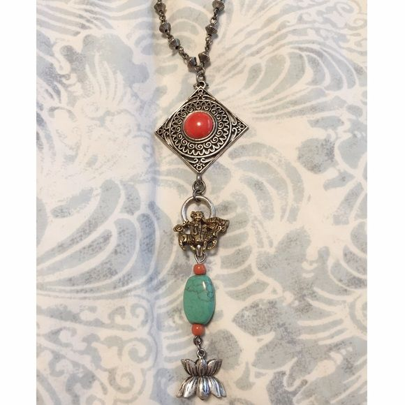 Lucky Brand lotus necklace Beautiful necklace by lucky brand. Old school lucky brand. Looks great on its own, or layered with other necklaces✨ Lucky Brand Jewelry Necklaces