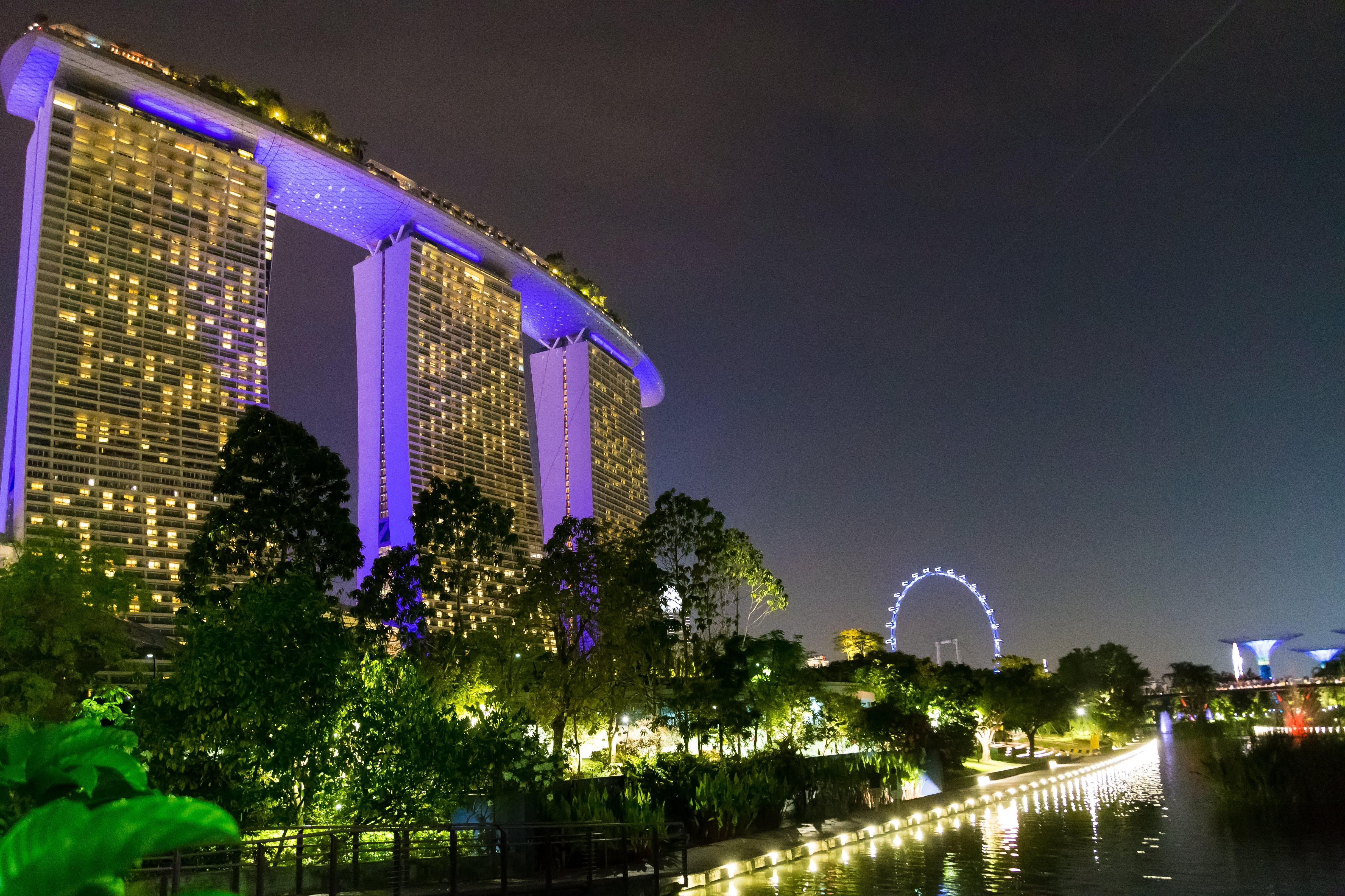 Marina Bay Sands Hotel And The Singapore Flyer Sands Hotel Marina Bay Hotel Singapore Marina Bay Sands