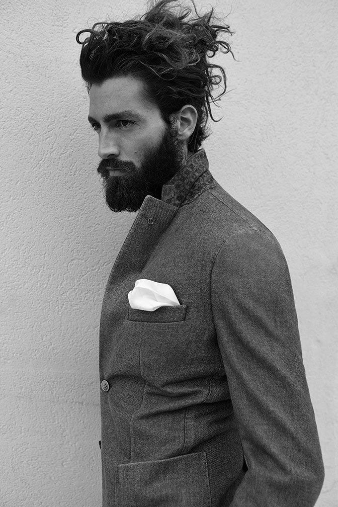 Messy And Curly Mens Hairstyles Hair And Beard Styles Beard