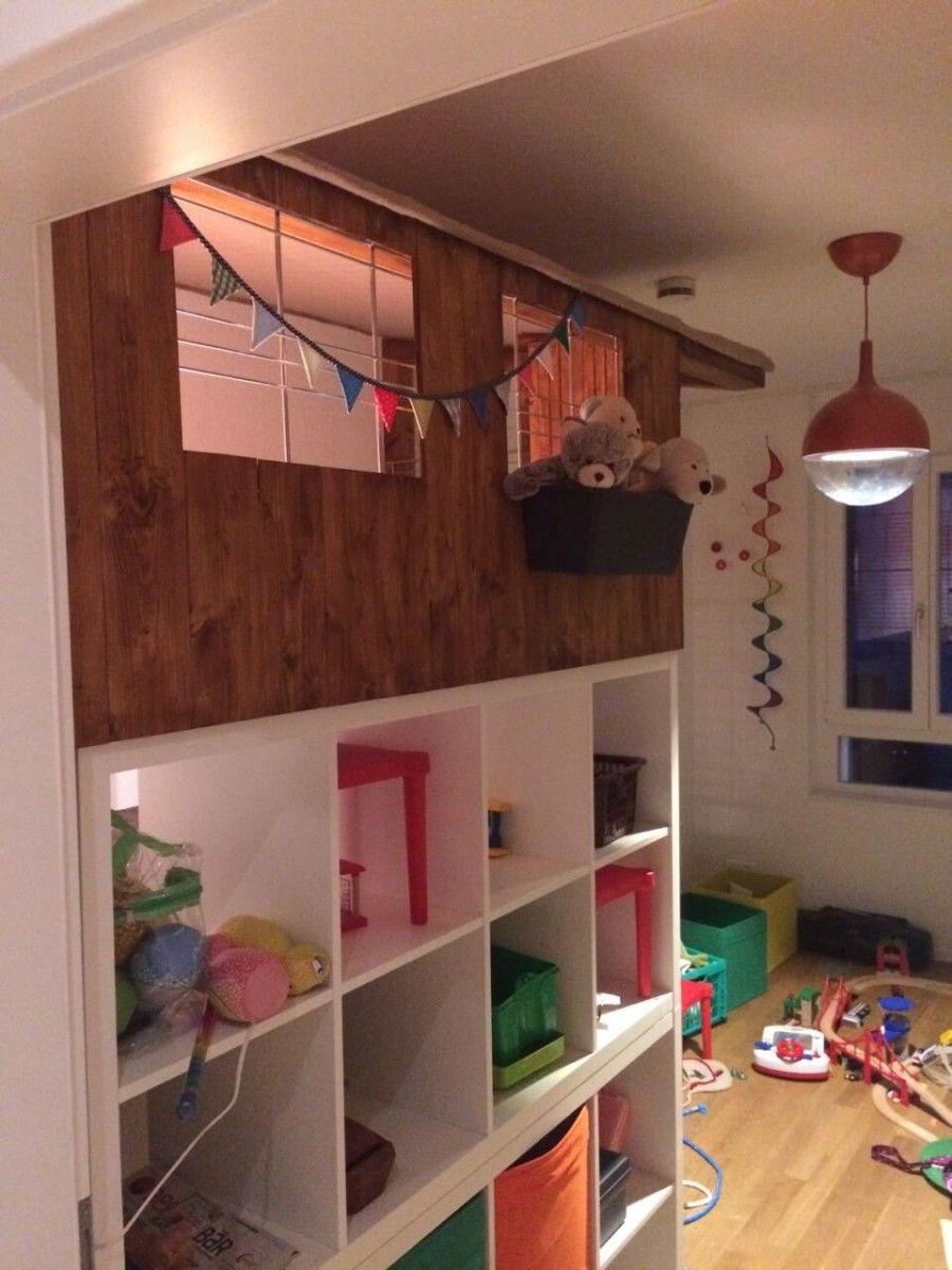 la cabane en bois kallax un ch teau pour enfants bidouilles ikea pinterest cabanes en. Black Bedroom Furniture Sets. Home Design Ideas