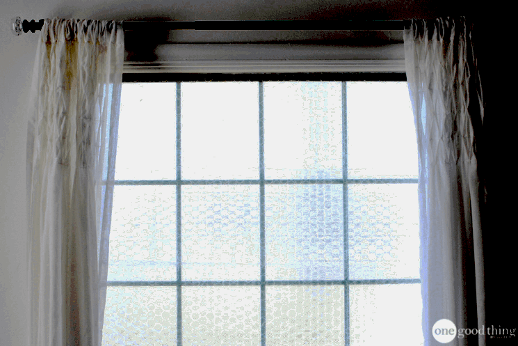 How To Quickly And Easily Insulate Your Drafty Windows Bubble wrap