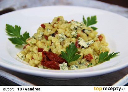 Photo of Spätzle with Blue Cheese and Dried Tomatoes Recipe – TopRecepty.cz