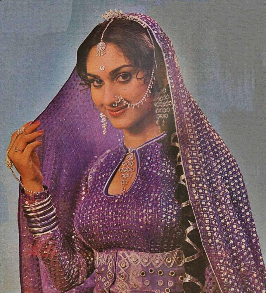 шридеви открытки пакистан пастельных тонах