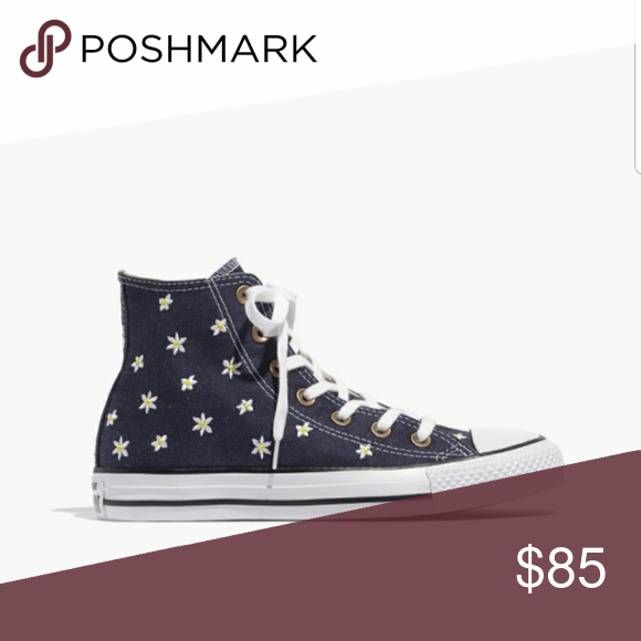 4e37146fbb95 Embroidered Daisy High Top Converse Embroidered daisy high top converse New  without box Size 8 Sold