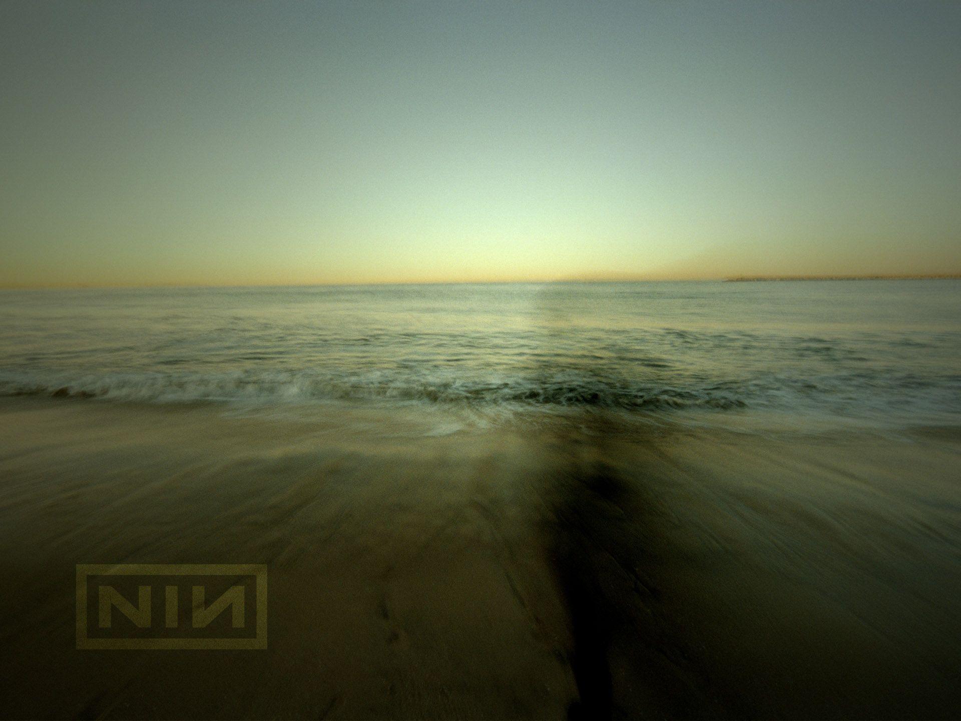 Extra Wallpaper3 Nine Inch Nails Rob Sheridan en