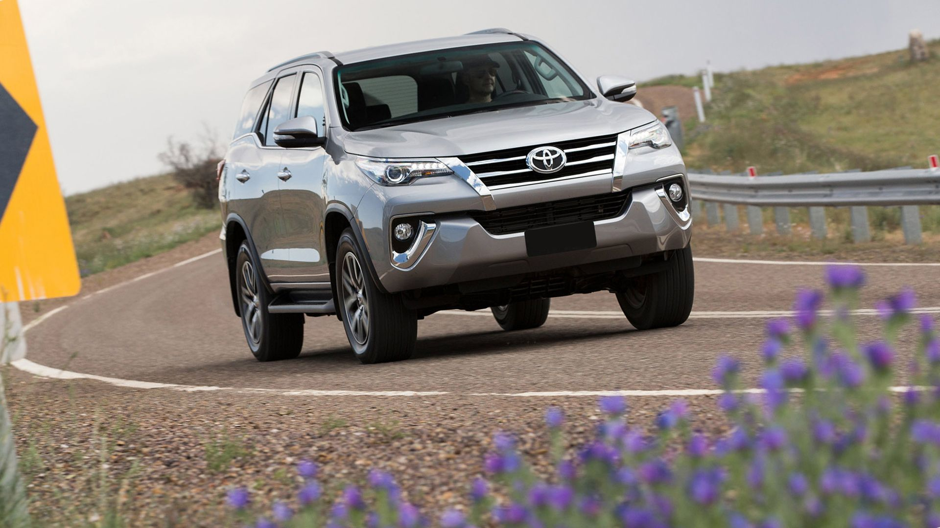 New 2019 Toyota Fortuner Wallpaper Hd Desktop Cars Toyota