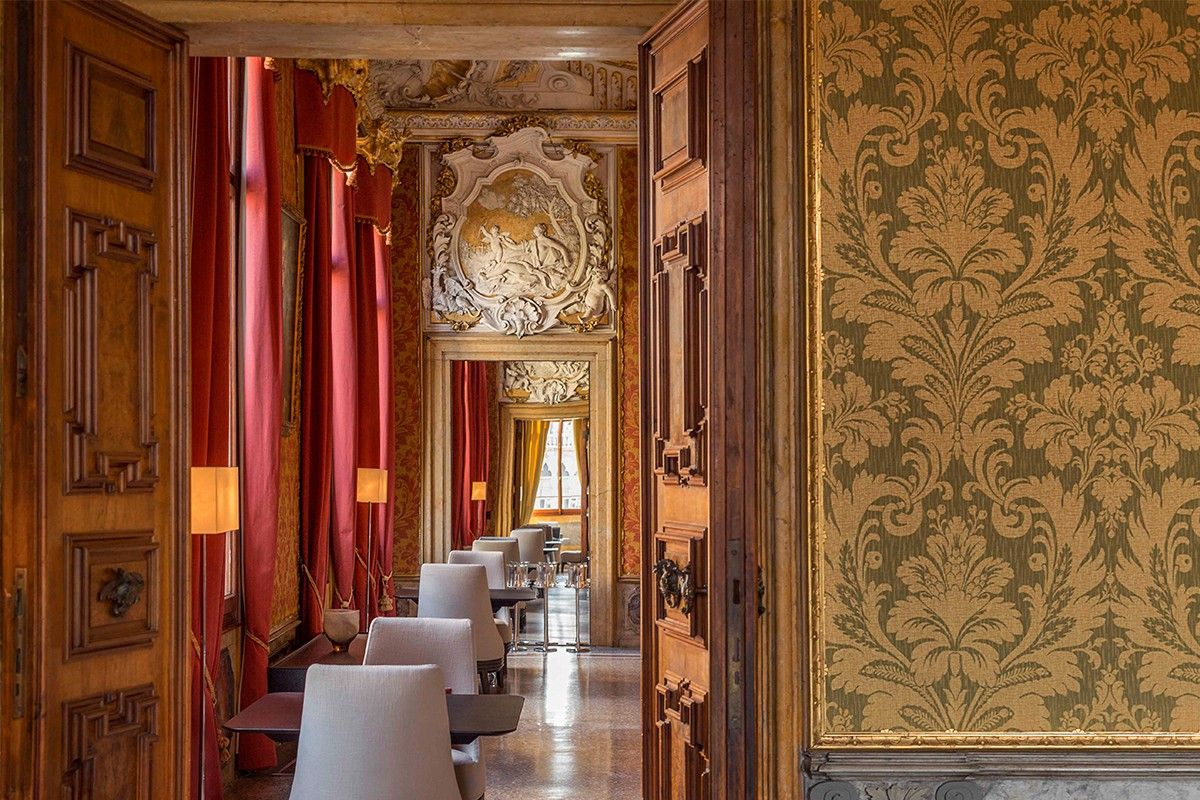 Ballroom Venice Hotels Luxury Hotel Damask Wall