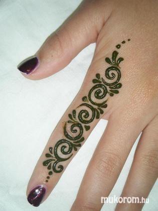 """Képtalálat a következőre: """"egyszerű henna minták""""   Mehndi ..."""