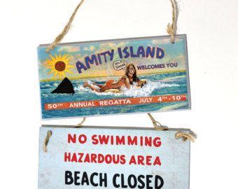 Jaws Movie Poster Great White SHARK Lightweight Beach Towel