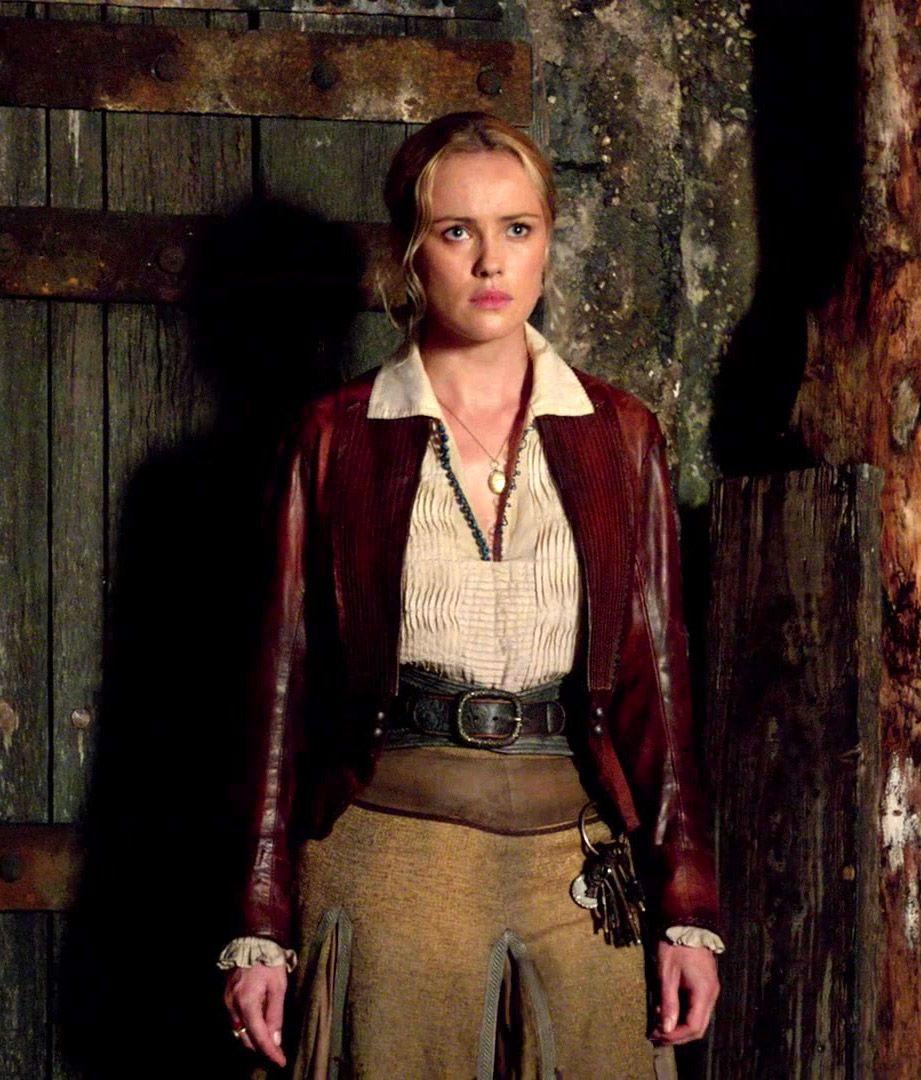 Black sails s3 pirate captain flint leather coat - Black Sails Eleanor Guthrie