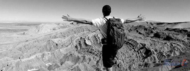 Mochila nas costas, pé no chão e cabeça nas nuvens... | Backpack, foot on the floor and head in the clouds... #Mochileiro #Backpacker #Liberdade #Freedom #Liberty #Livre #Free