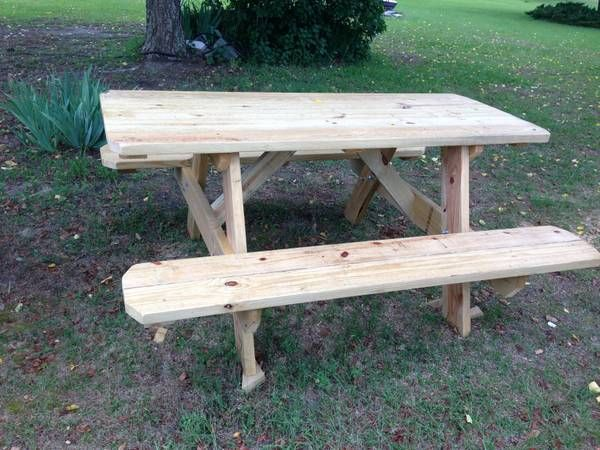 NEW CUSTOM MADE PICNIC TABLE With Water Seal