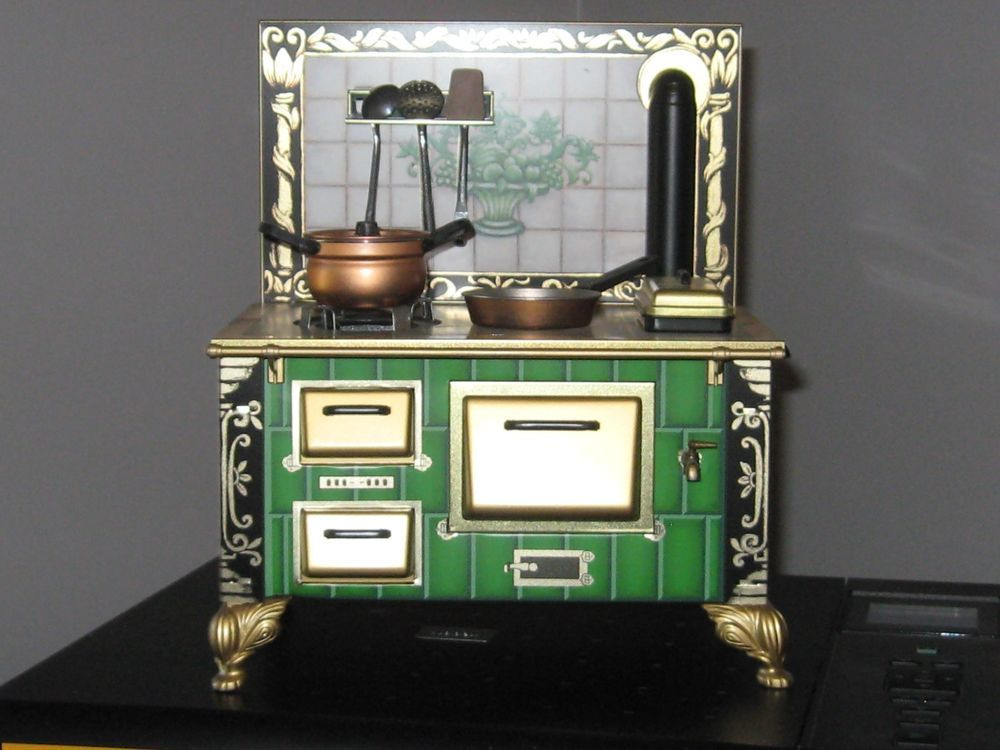 Stove From Grani\'s Kitchen - German Made Tin Toy - Barbie Sized