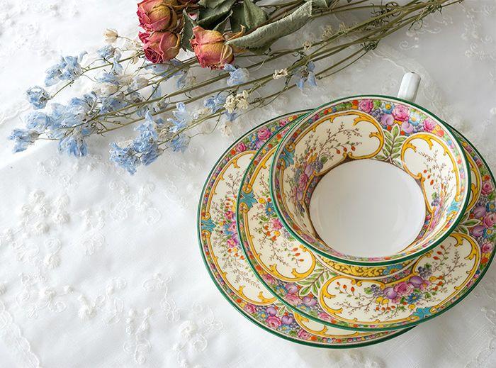 ティーカップ · カラフルなお花に魅せられて\u2026 ウェッジウッド/WEDGWOOD St.Austell カップ