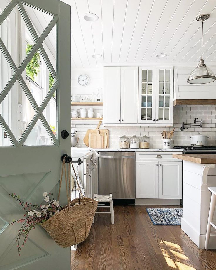 Hahka Happy Cottage Kitchen: Happy Thursday, Friends! ♀️ In Honor Of #thriftythursday