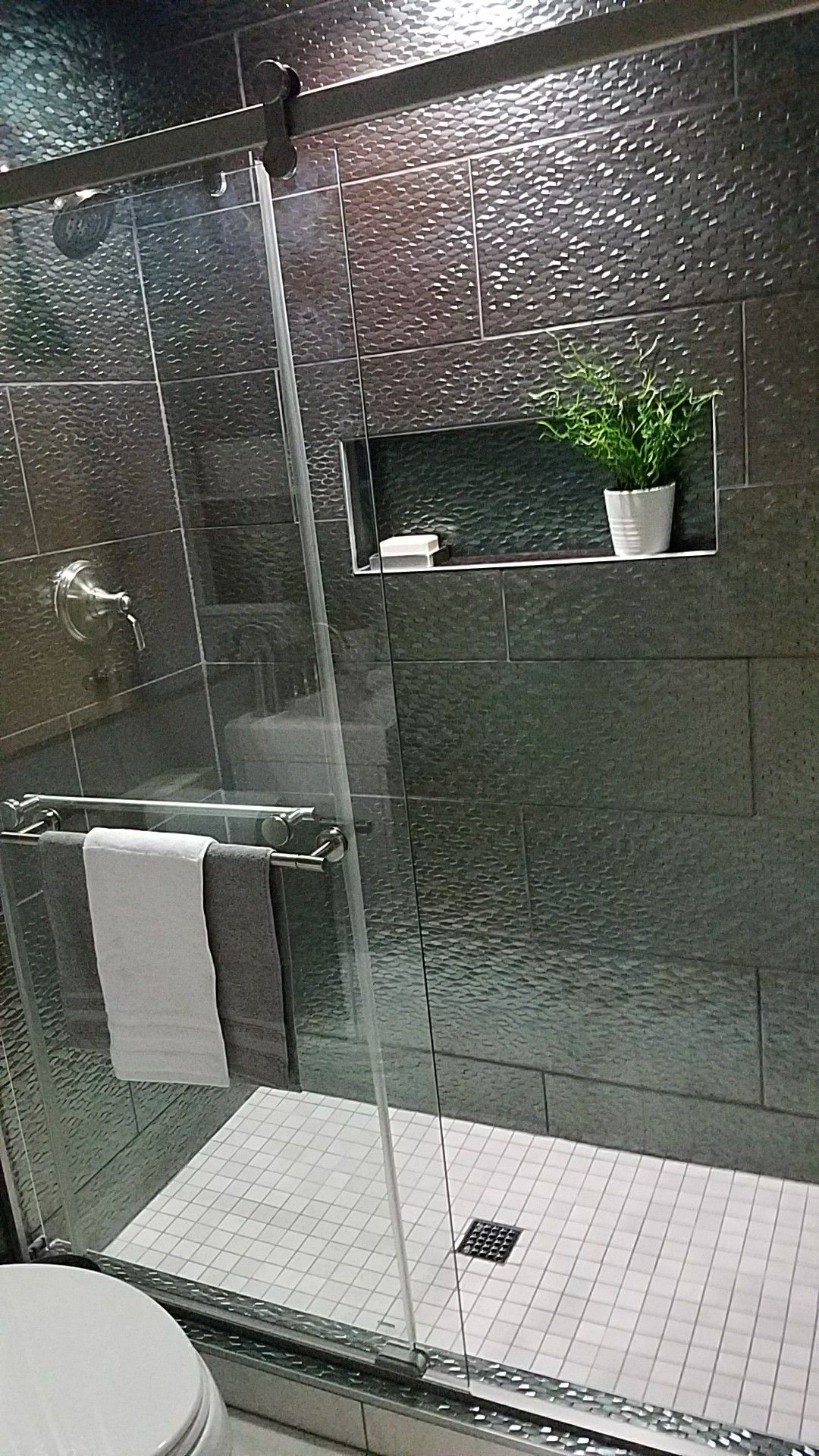 Silver Shower With Emser Artwork Hexagon Silver 12 In X