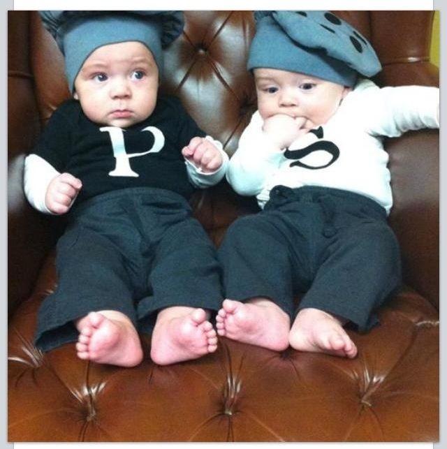 Easy Halloween baby costumes for boys! S Wonder twins Pinterest - twin boy halloween costume ideas