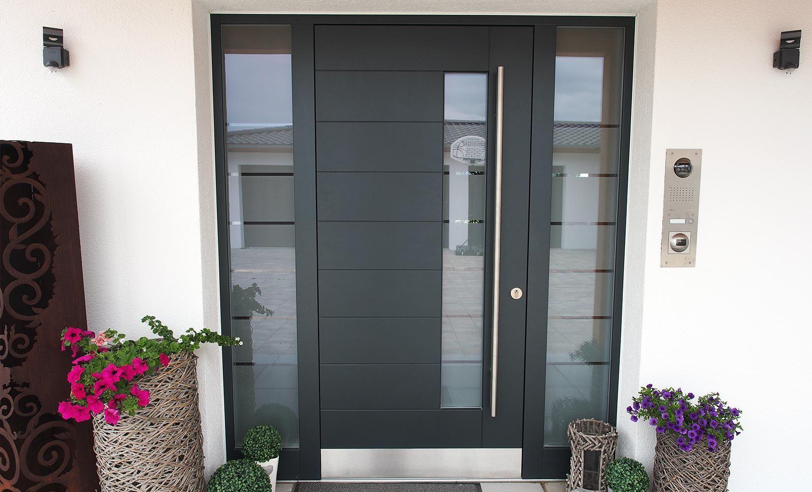 moderne haust ren m ssen neben einer ansprechenden optik auch modernsten sicherheits und. Black Bedroom Furniture Sets. Home Design Ideas