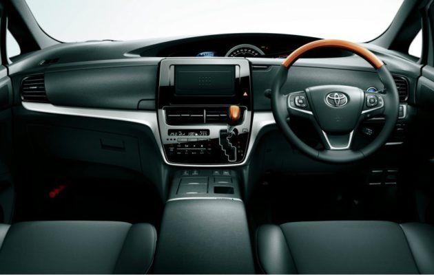 Muistatteko Toyota Previan – tältä se näyttää nykyisin - Tekniikanmaailma.fi