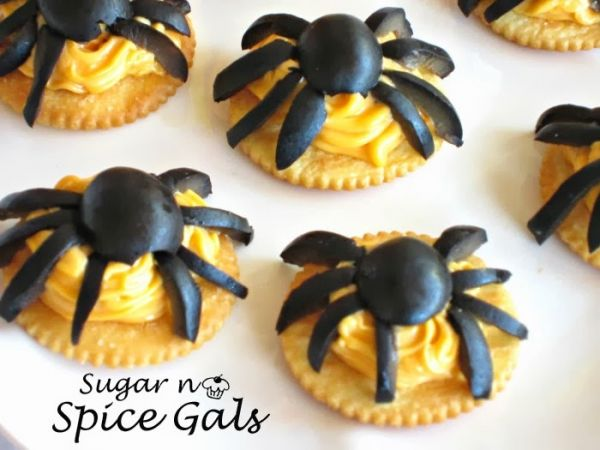 10 Easy Halloween Appetizers for Your Ghoulish Guests | Easy ...