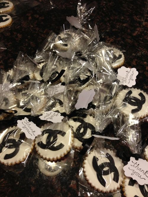 Chanel cookies to take home!