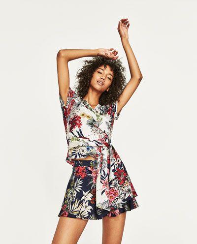 Zdjecie 2 Wzorzysty Top W Kwiaty Z Zara Women Floral Prints Floral Print Tops