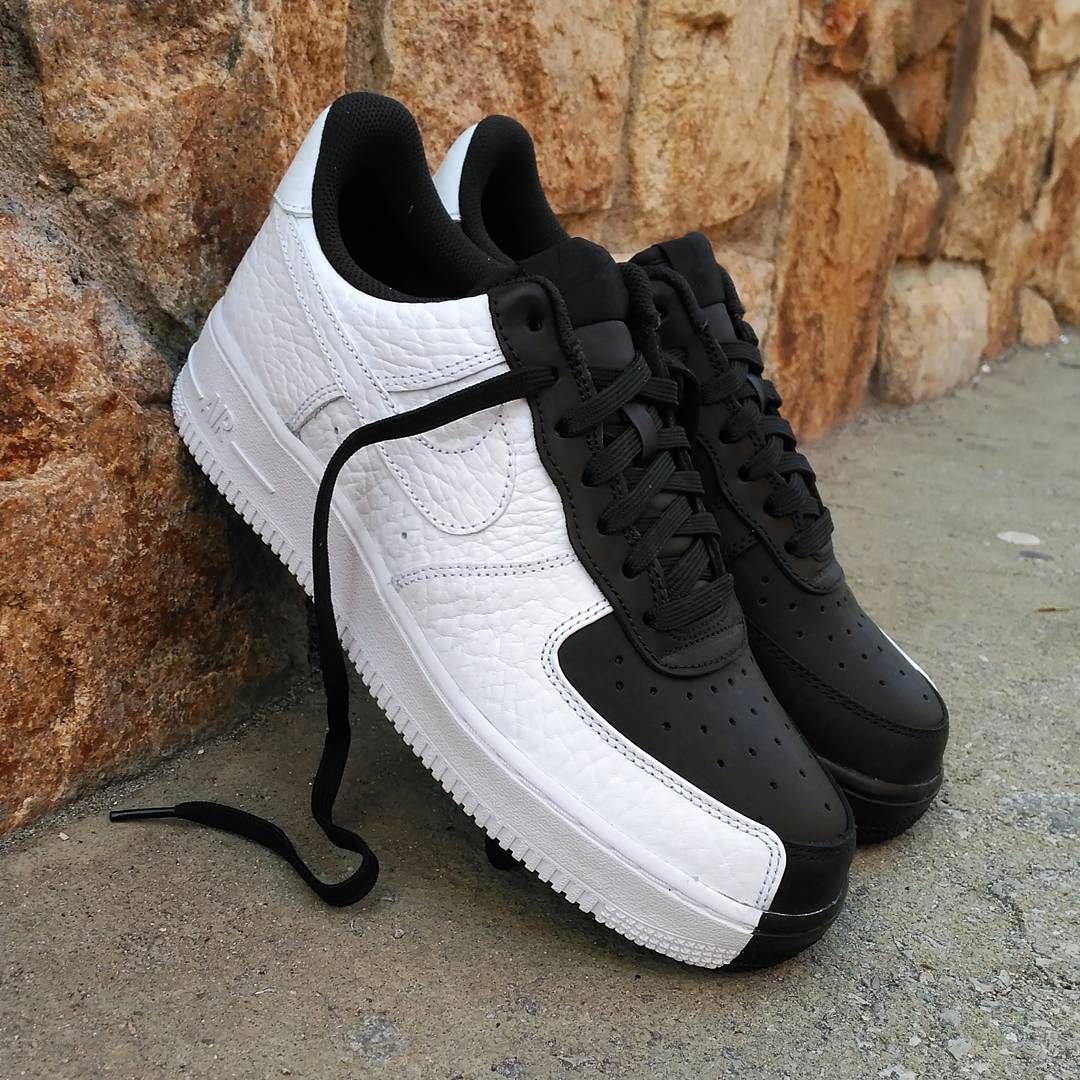 factory authentic 4c1f9 e8c26 Nike Air Force 1 Premium
