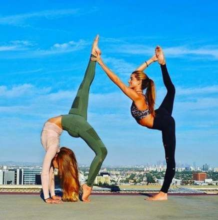 piniamnikkitucker on 4 photo shoot in 2020  easy yoga
