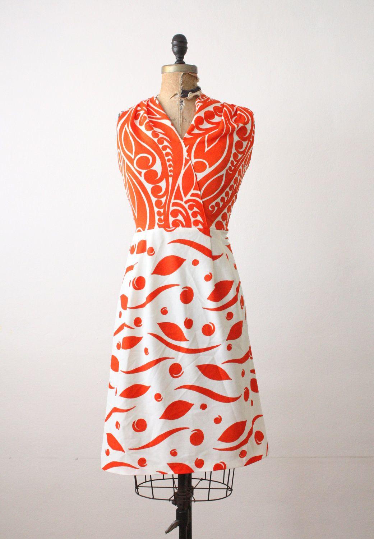 Wrap Dress Vintage 1970 S Orange Print Wrap Dress Etsy Vintage Dresses Printed Wrap Dresses Ladies Day Dresses [ 1500 x 1041 Pixel ]