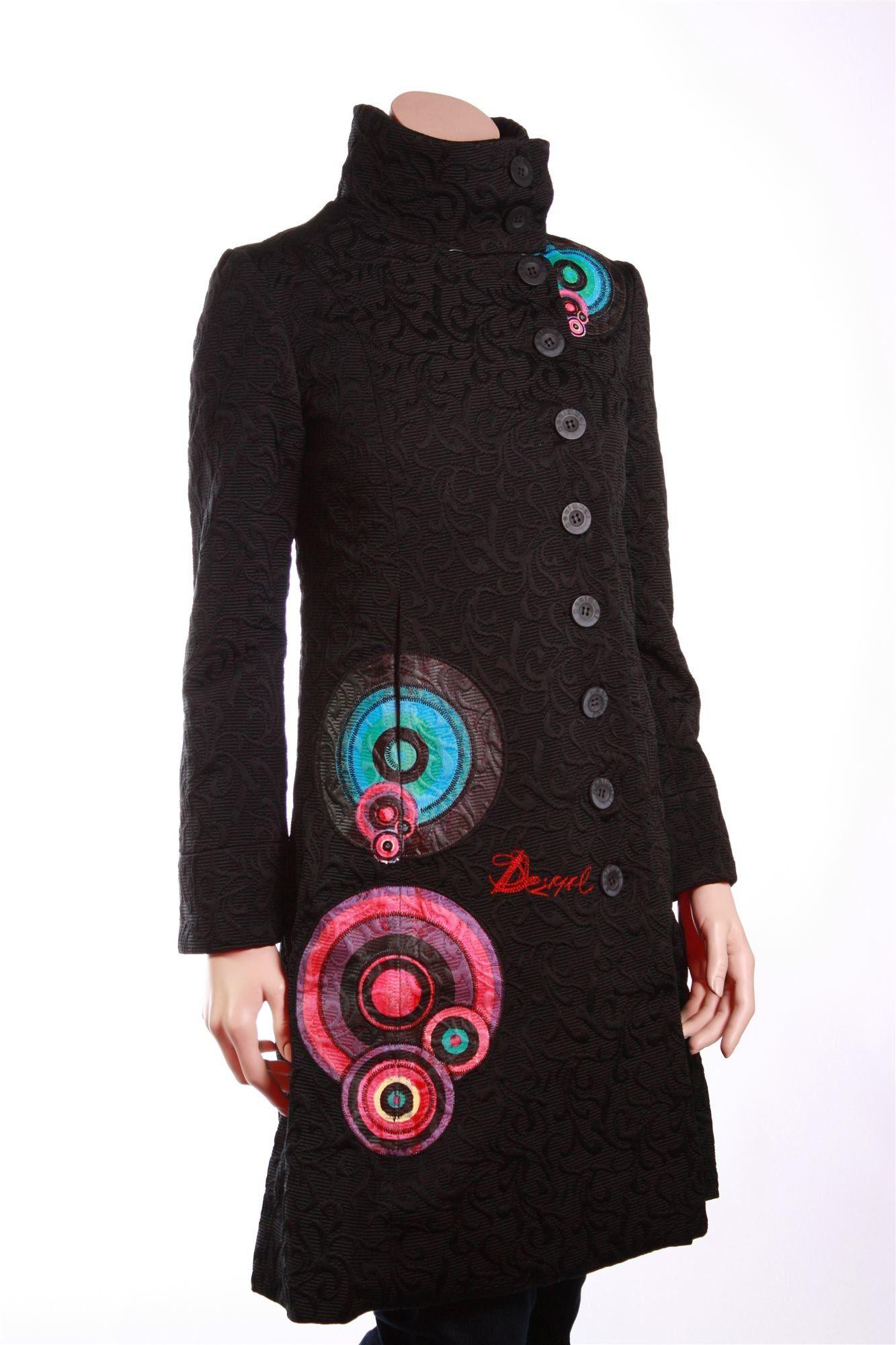Desigual vestidos y abrigos originales | Ropa, Ropa bordada