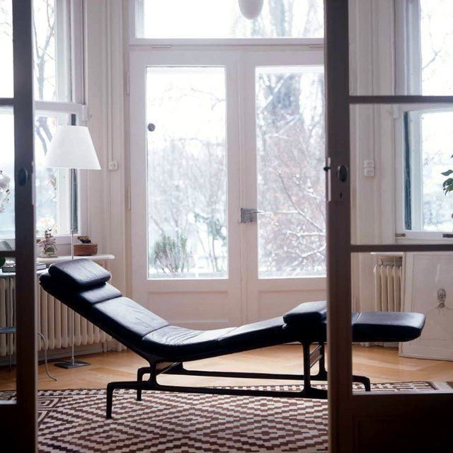 Eames Soft Pad Es 106 Chaise With Images Eames Chaise Armchair Design Vitra Design